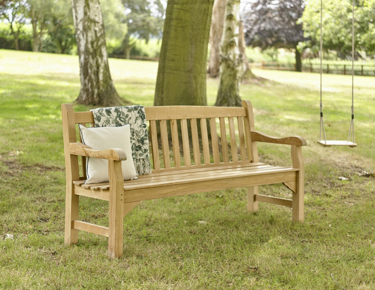 How To Care For Teak Garden Furniture Holloways
