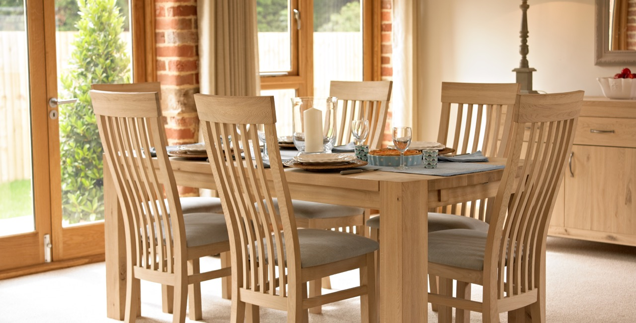Severn Oak Extending Table In Linseed Oil Finish With Severn Dining Chairs